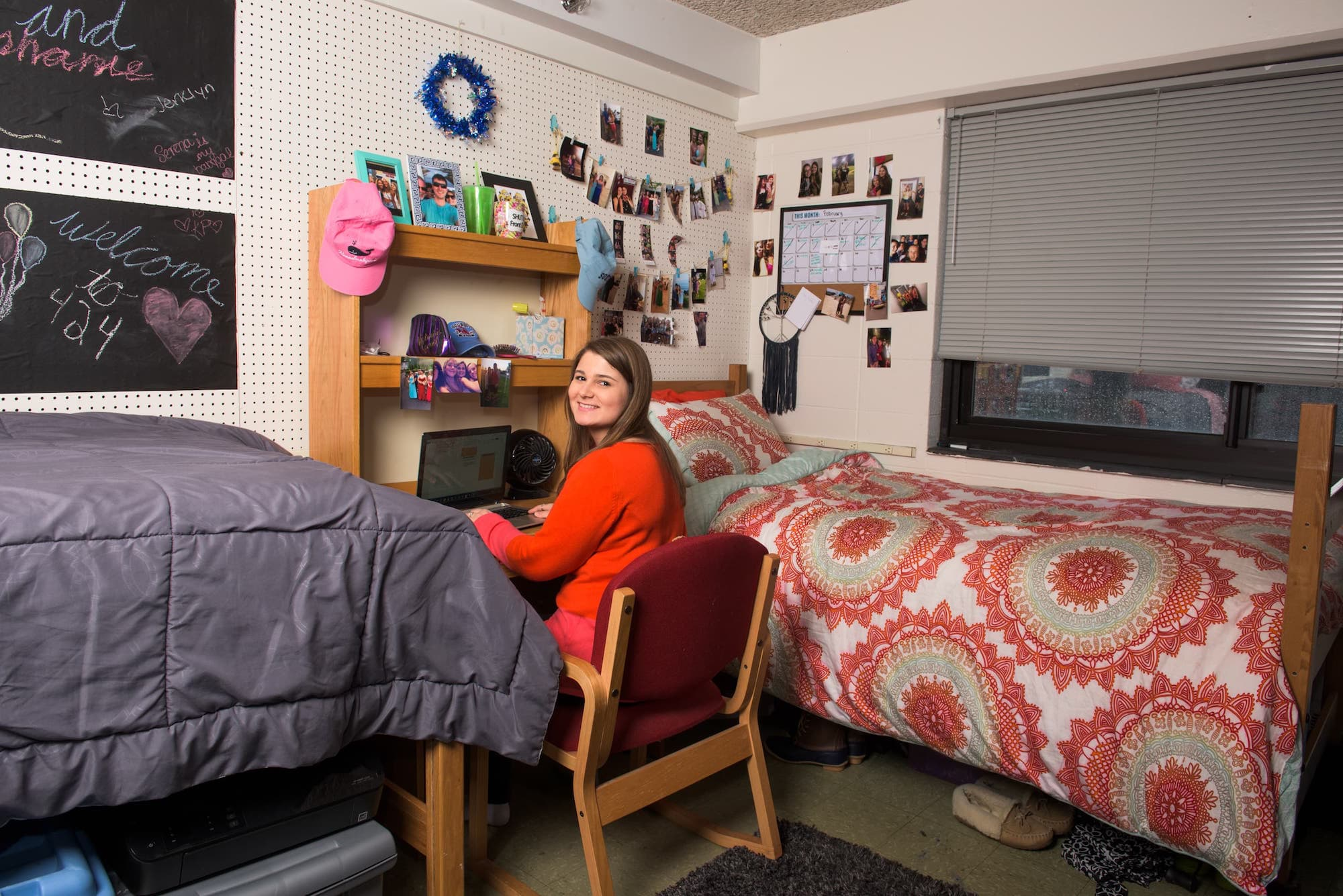 Room in Neff Hall