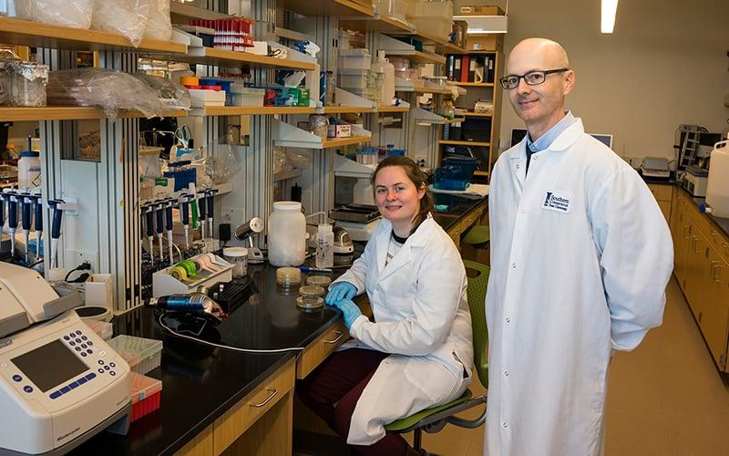 Biotech student Amelia Hoyt and Nicholas Edgington, associate professor of biology and biotech program coordinator